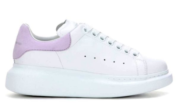 Сиреневые кроссовки Alexander McQueen