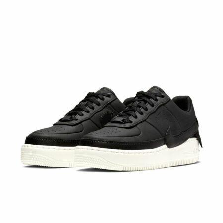 Черные кроссовки 37 размера