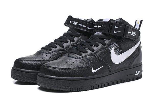 Зимние Nike Air Force 1 Mid 07 LV8 Utility с мехом черные с белым кожаные мужские-женские (35-45)